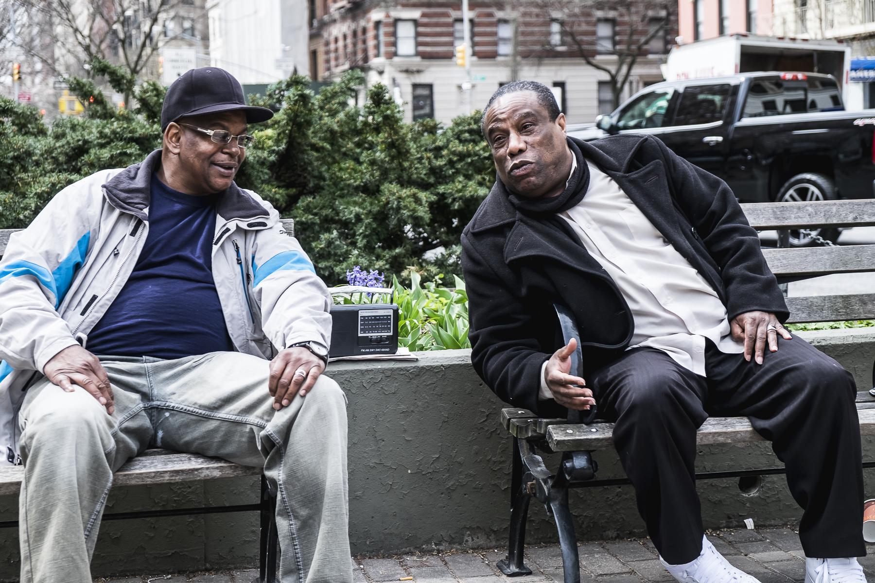 Harlem, Streetphotography New York / Zaragoza Walkers
