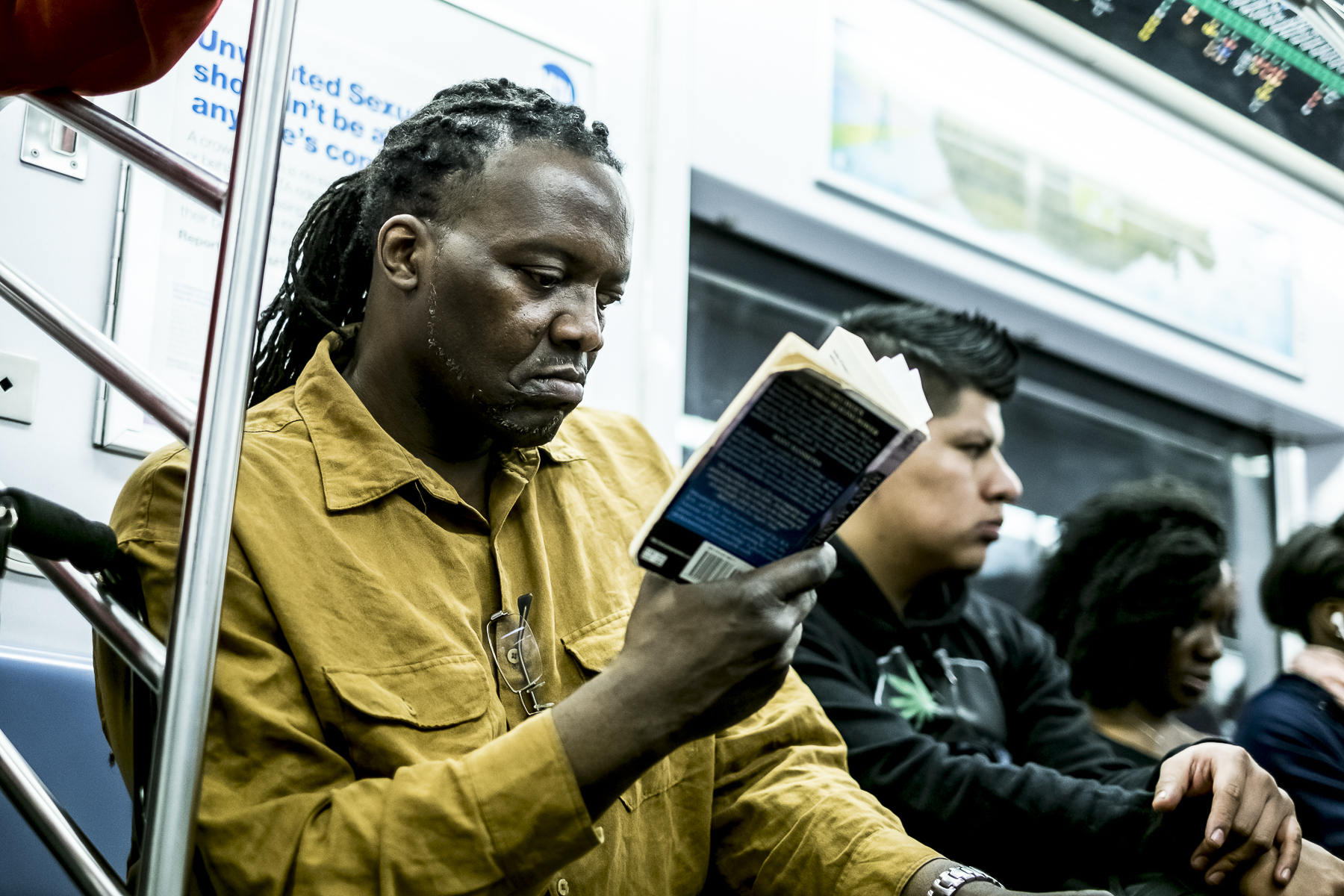 Metro New York / Zaragoza Walkers