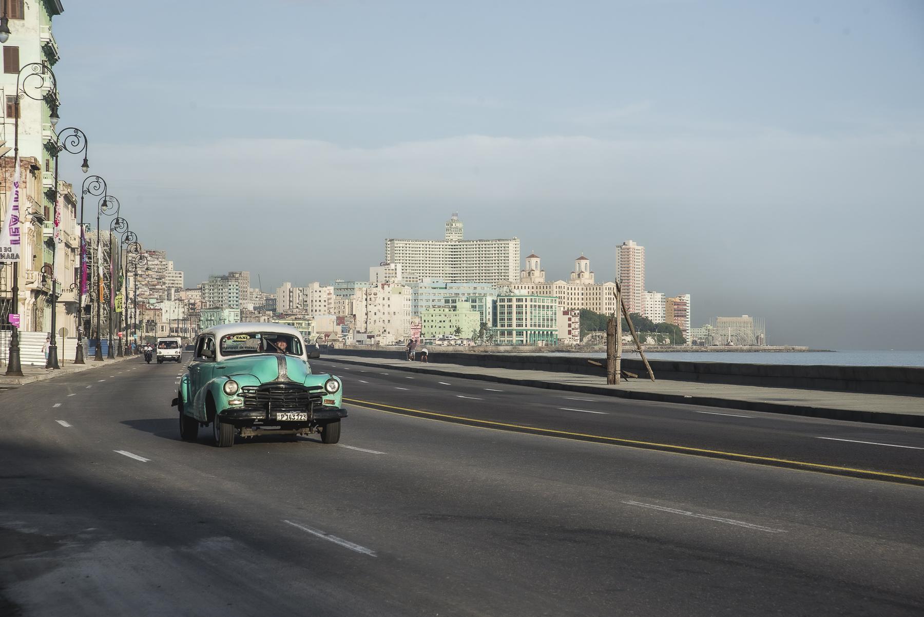 La Habana, Cuba / Zaragoza Walkers /streetphoto, fotografía callejera